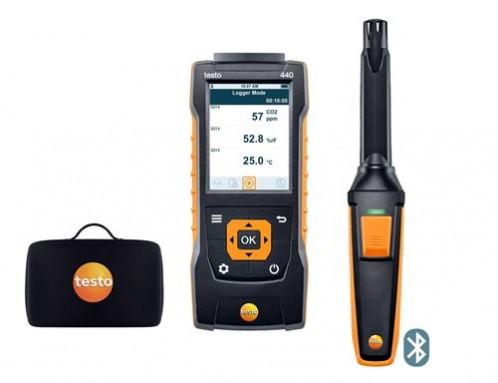 Testo 440 Прибор для измерения скорости воздуха и оценки качества воздуха в помещении в комплекте с Bluetooth зондом СО2 (0632 1551) и кейсом