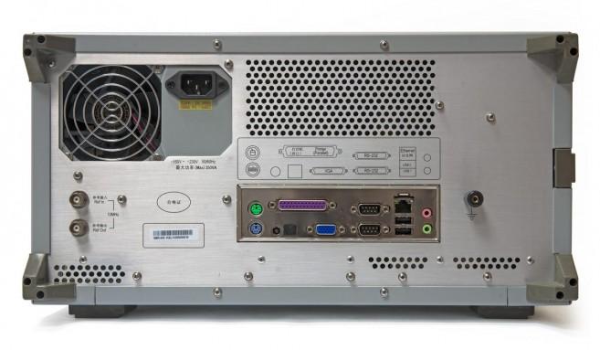 Анализатор цепей АКИП-6601 - вид сзади