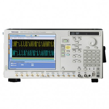 Генератор сигналов AWG7082C
