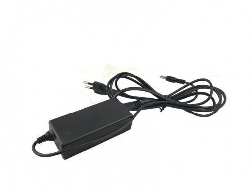 Зарядное устройство от сети 220 В с выходом 2А